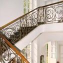 Escalier intérieur d'accès à l'étage