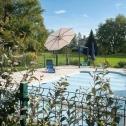 La piscine pour se rafraichir l'été au Domaine Lalande